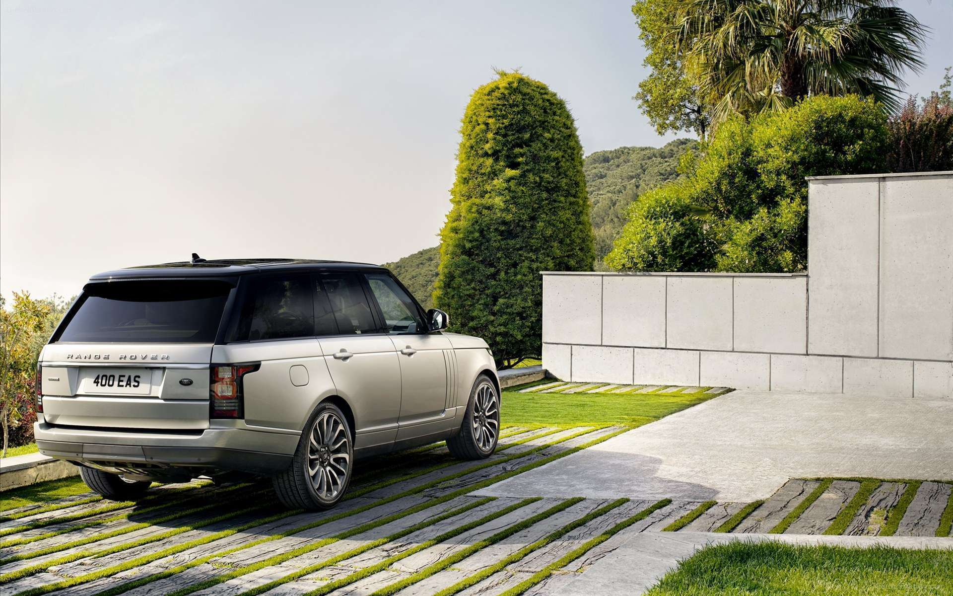 Download Logo Range Rover Hd: View Of 2013 Range Rover 2 Hd Wallpapers : Hd Car Wallpapers