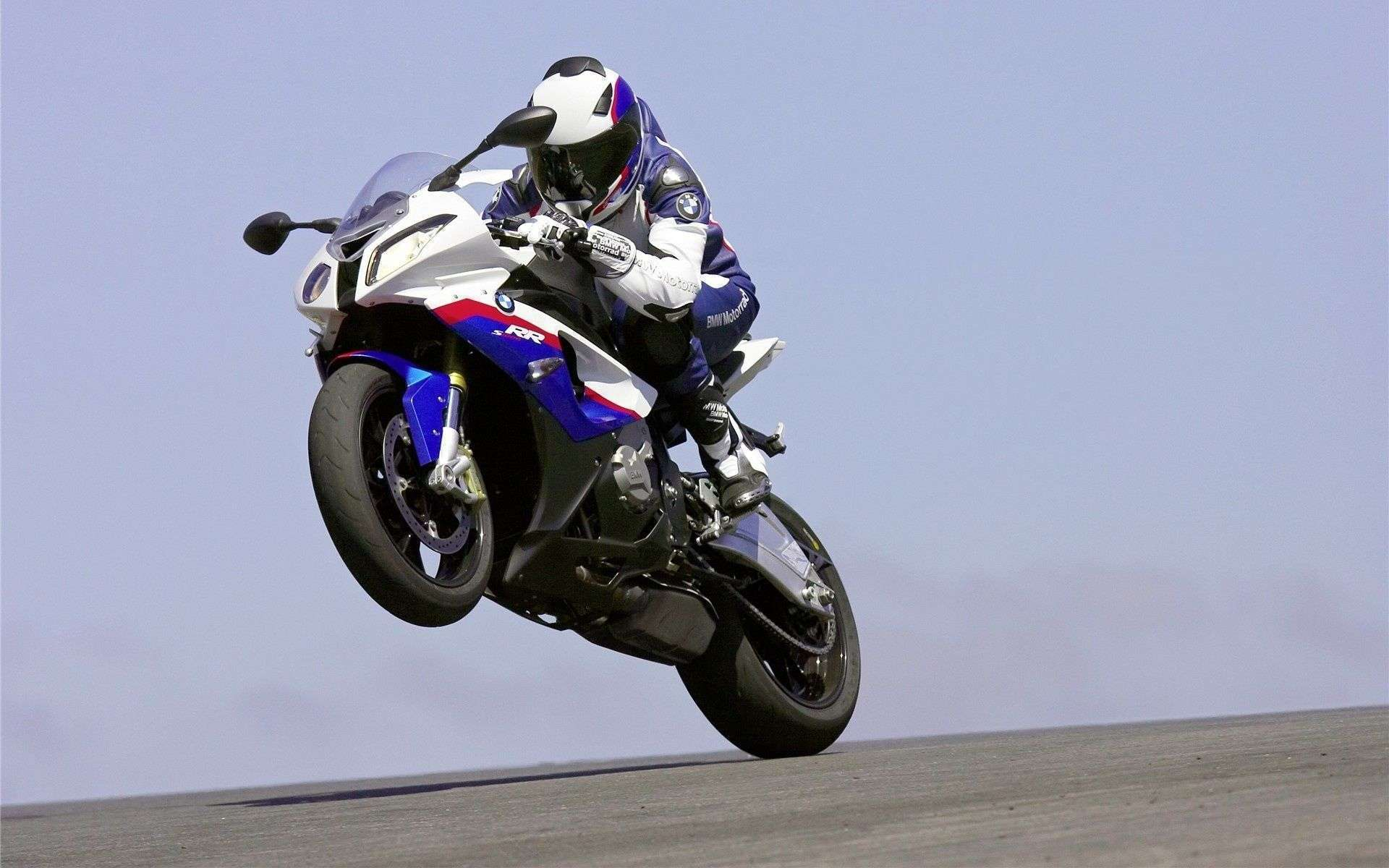 view of bmw s1000rr motorbike wallpapers : hd car wallpapers