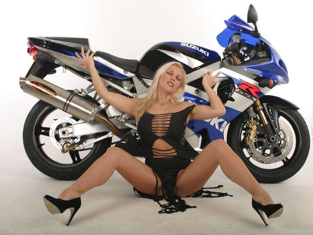 Hot Chick Bike Model Wallpaper 27 : Hd Car Wallpapers