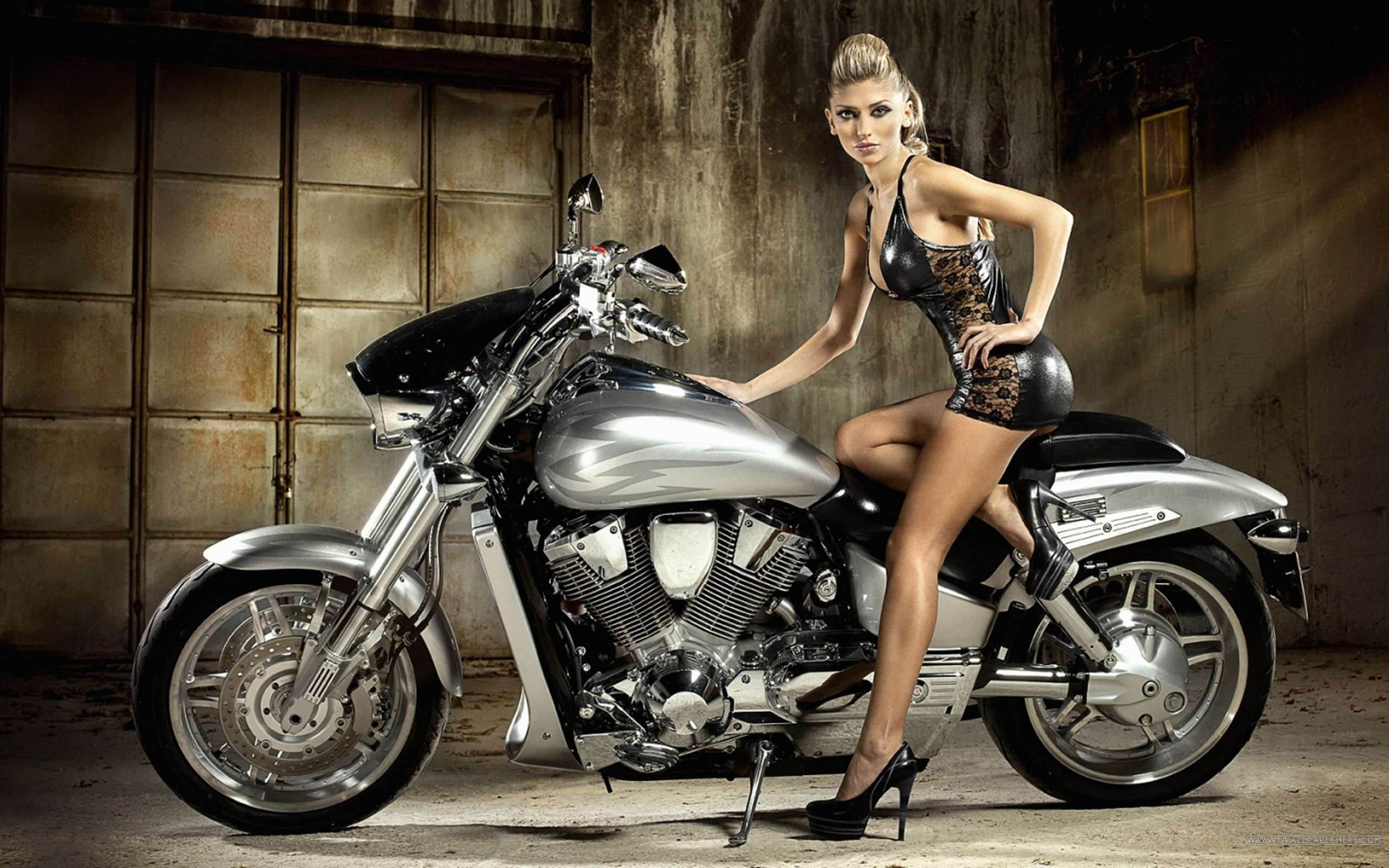 Hot Girl On Motorcycle Wallpaper Hd Car Wallpapers
