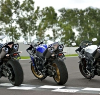 2013 yamaha yzf r1 wallpapers