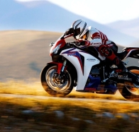 honda cbr1000rr fireblade wallpapers wallpapers