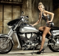 hot girl on motorcycle wallpaper wallpapers