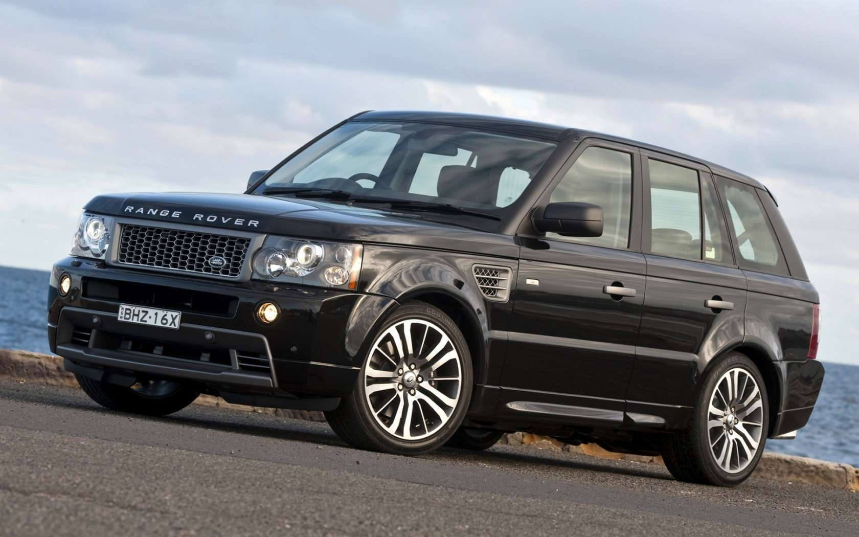 Land Rover 2 Hd Wallpapers Hd Car Wallpapers